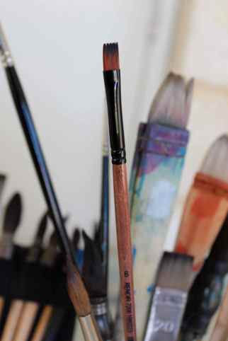 Flat brush