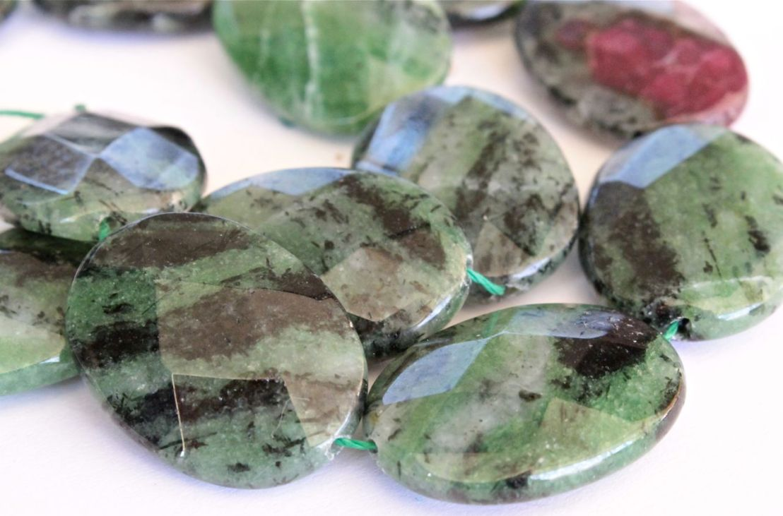 Green Paints from Gemstones –Zoisite
