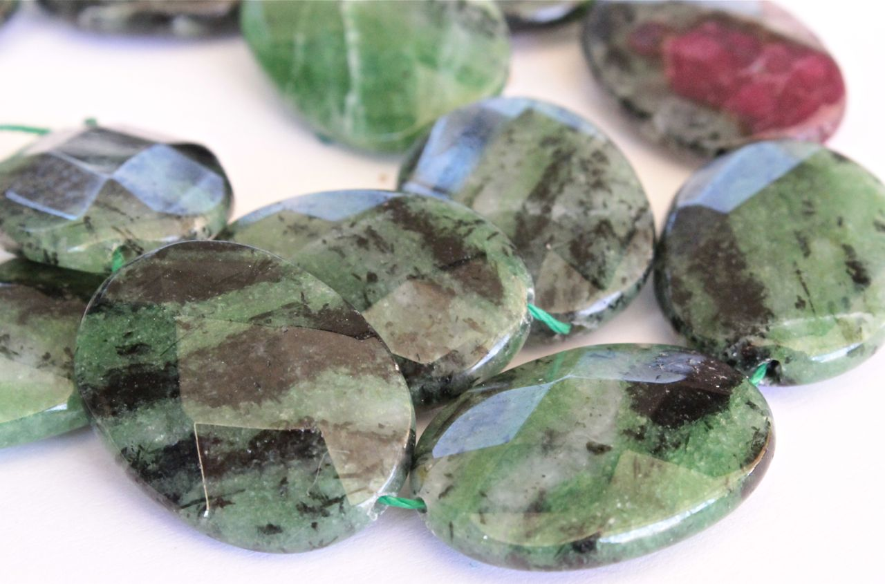 zoisite, zoisite gemstones, Daniel Smith watercolor primatek paints, paintings inspired by gems, debiriley.com