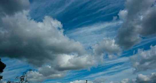 Line of Clouds debiriley.com