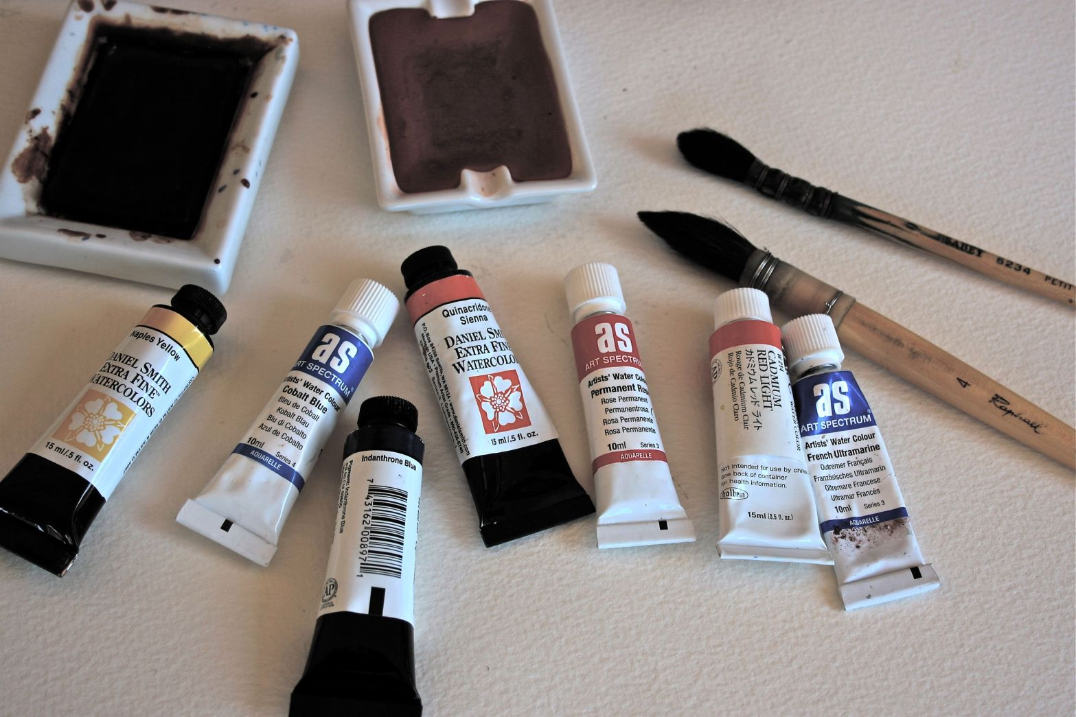 watercolor tips, beginners watercolour paints and brushes, debiriley.com