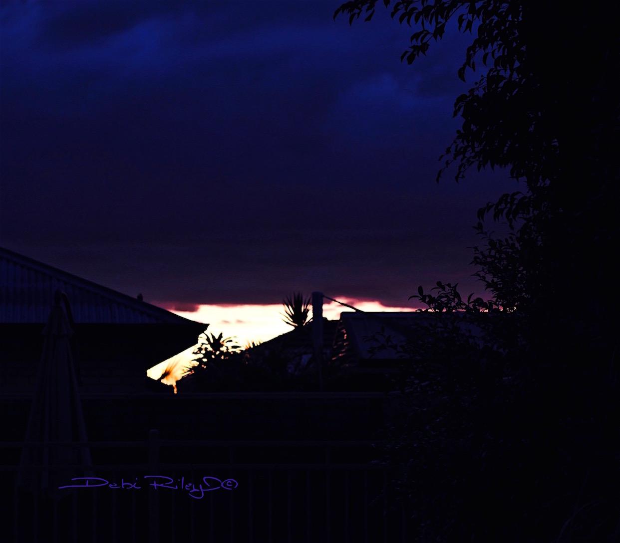dawn sky, deepest sky darks, photo, debiriley.com
