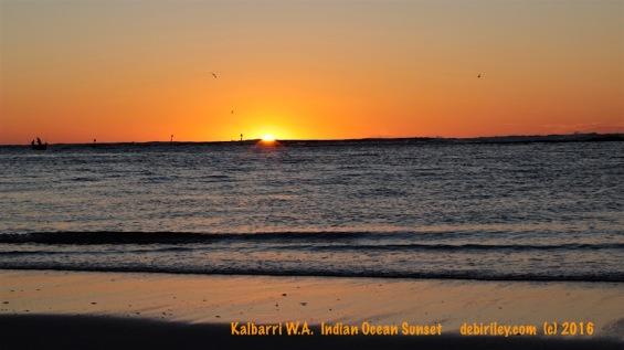last light, sunset Indian Ocean photo, debiriley.com