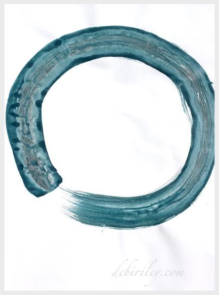 moon enso, enso circle, apanese zen art, circles in art, relaxing with art, debiriley.com